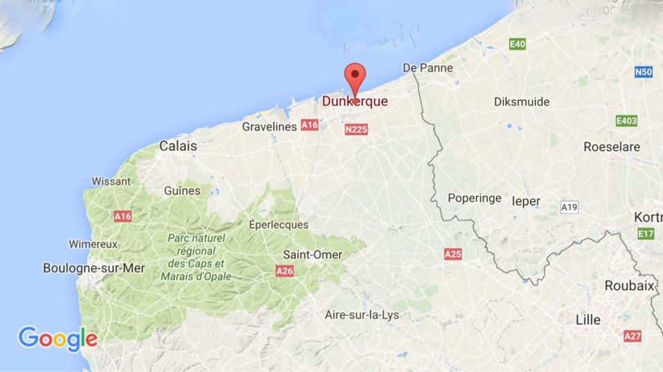 Un obus de 75 mm remonté par un engin de dragage dans le port de Dunkerque