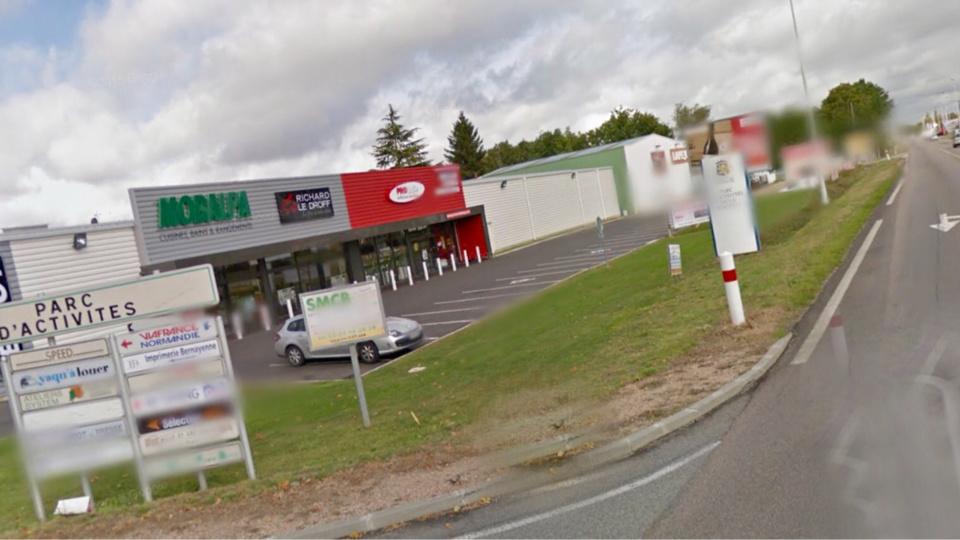 Le magasin Darty est implanté dans la zone d'activités situé route de Broglie, à la sortie de Bernay. (Illustration)