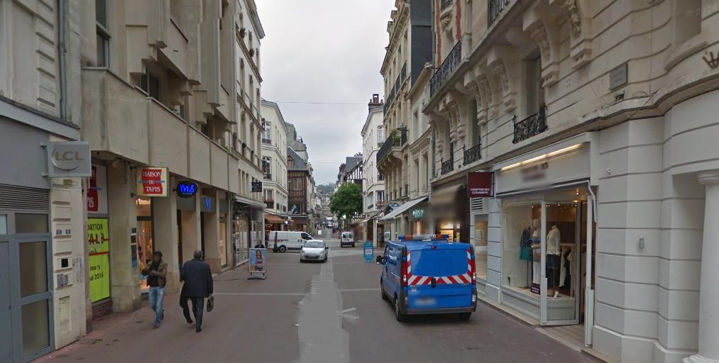 L'agression s'est déroulée rue des Carmes, dans le centre-ville de Rouen