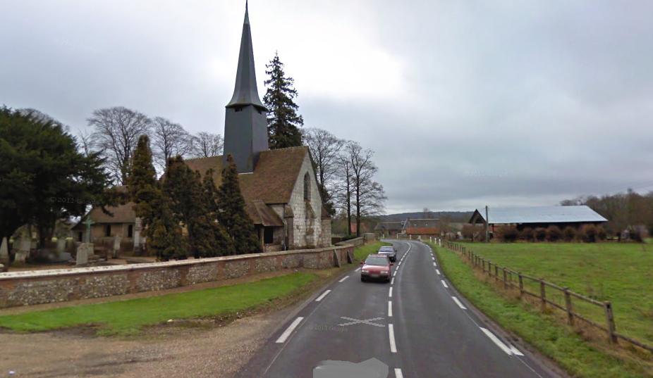 Le drame s'est produit à cet endroit dans la traversée du hameau de Boscherville sur la D80 qui relie Bourgtheroulde et La Haye-du-Theil (@Google Maps)