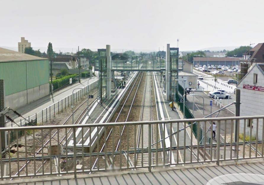 Le jeune homme a été fauché par un train en gare de Gaillon-Aubevoye dans des circonstances que l'enquête devra établir (Illustration)