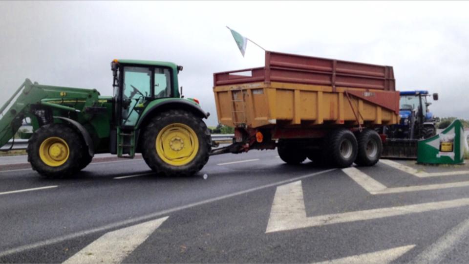 Les agriculteurs maintiennent la pression : des blocages possibles en Bretagne et en Normandie