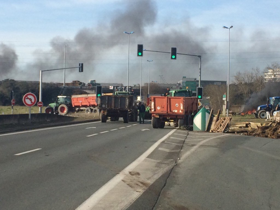 Crise agricole : encore quelques routes coupées en Bretagne ce matin, mais pas en Normandie