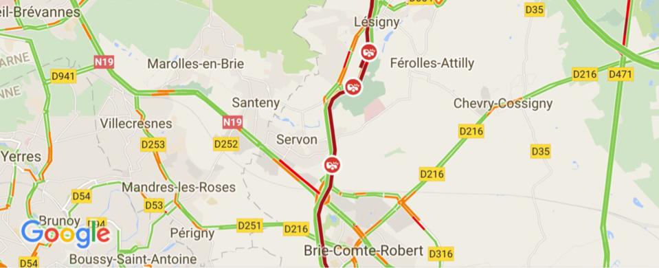 Poids-lourd en feu : la N104 coupée à Lésigny (Seine-et-Marne)