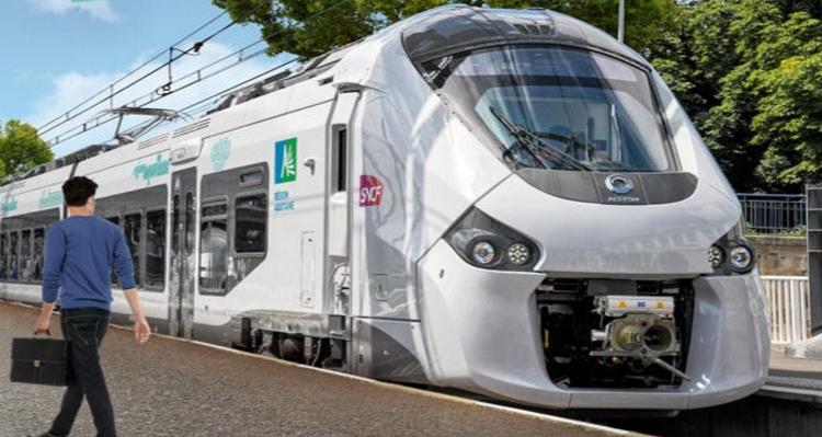 L'Etat s'est engagé à financer l'achat de matériel ferroviaire neuf pour équiper les lignes Paris-Caen-Cherbourg et Paris-Rouen-Le Havre, a annoncé ce jeudi soir Hervé Morin (Illustration des nouveaux TER en région Aquitaine)