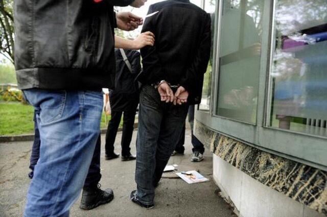 L'auteur des coups de couteau a été interpellé quelques minutes après les faits (Photo d'illustration)