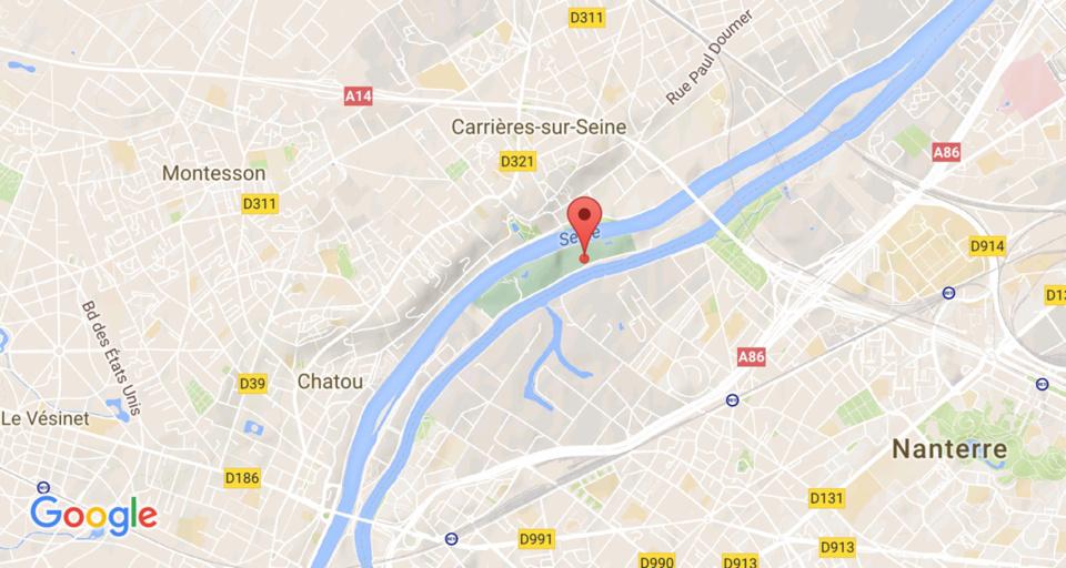 Carrières-sur-Seine : incendie à bord d'une péniche abandonnée