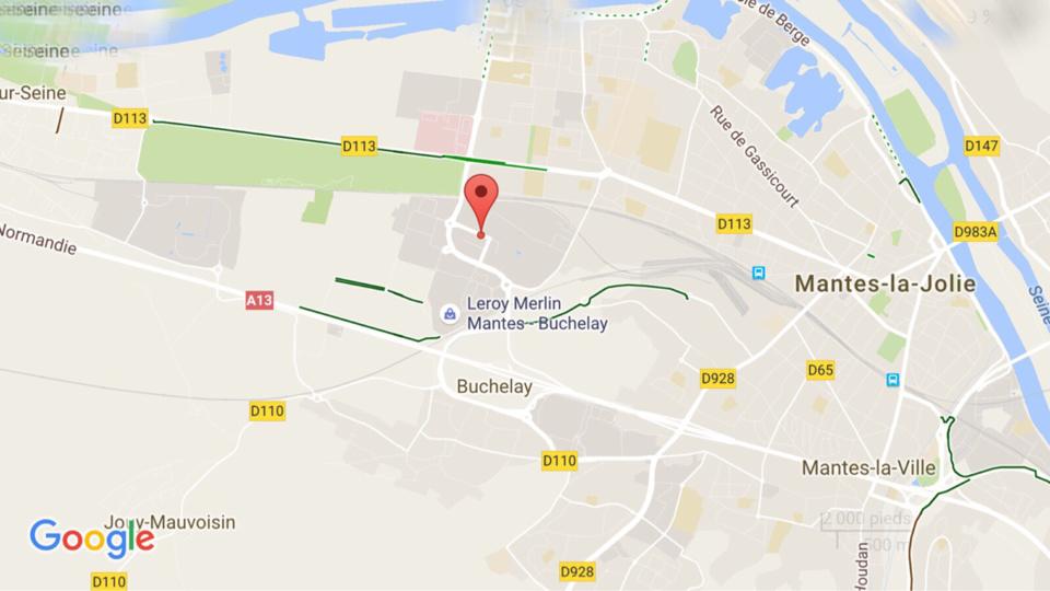 Tentative de car-jacking à Buchelay : la victime s'accroche à sa voiture, elle est blessée