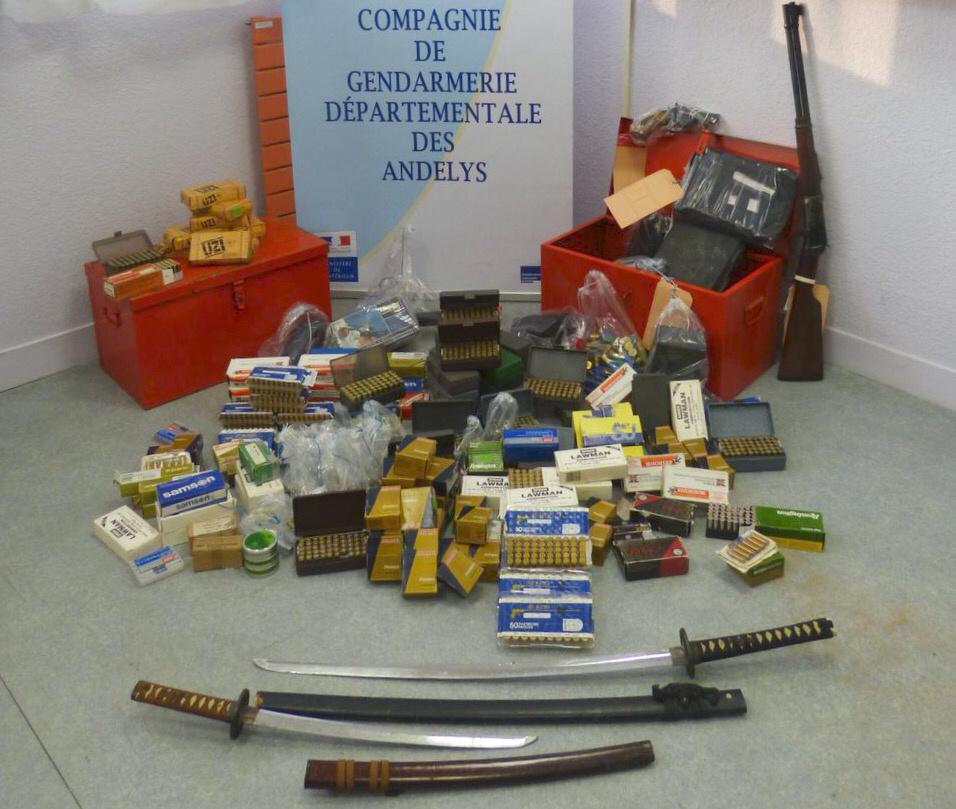 C'est un arsenal que les gendarmes ont découvert dans la maison (Photo@gendarmerie)