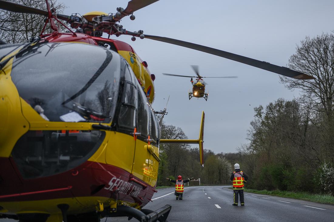 Le motard a été évacué par hélicoptère à l'hôpital Pompidou (Illustration@DR)
