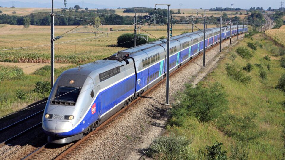 Le TGV du matin à destination de Marseille a été stoppé pendant une soixantaine de minutes (Illustration)