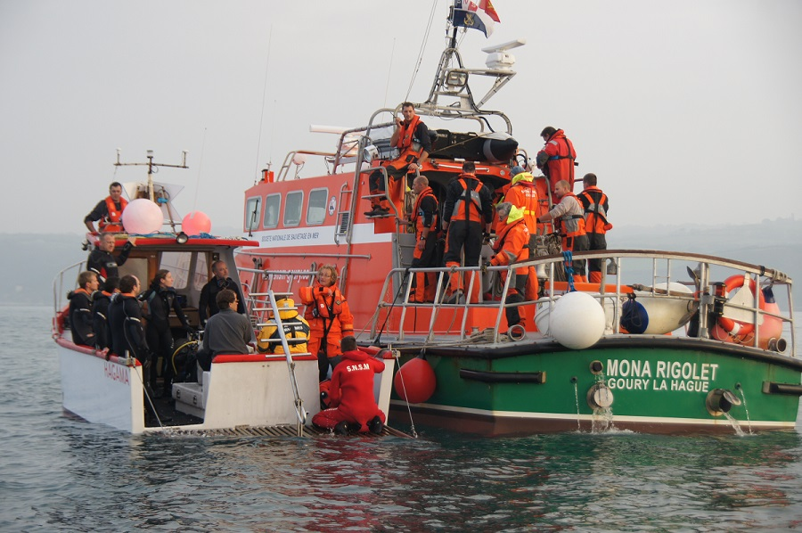 Les membres d'équipage du Sarcelle ont été secourus par leMona Rigolet de la Société Nationale des Sauveteurs en Mer (SNSM) de Goury (Photo d'ilustration réalisée lors d'un exercice en mer)