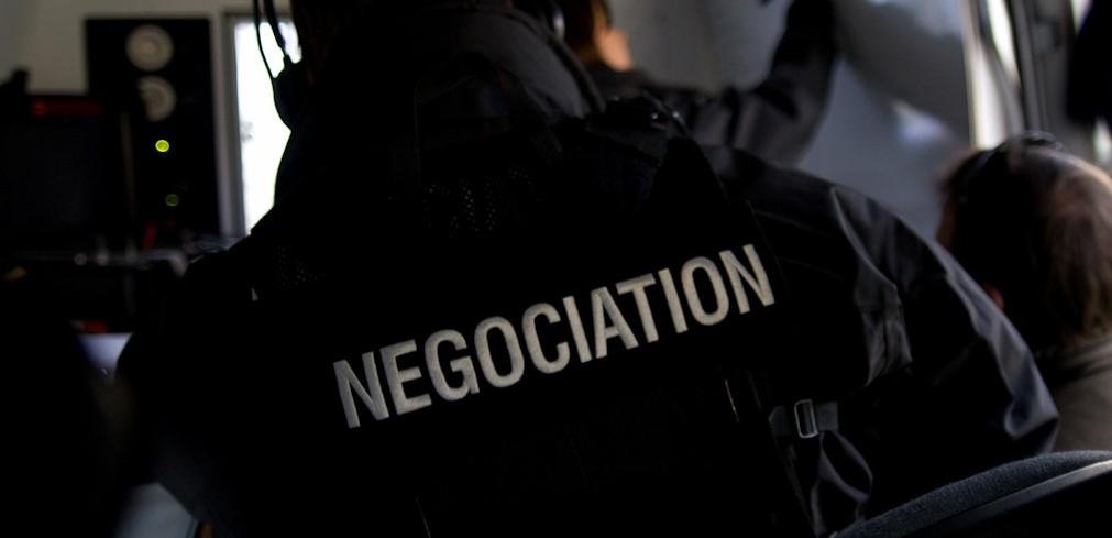 Un négociateur du RAID a pris contact avec le détenu (Photo@DGPN)