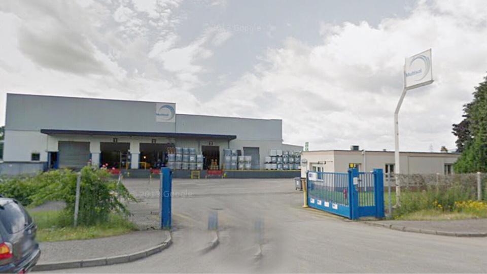 Les clandestins ont été découverts dans un poids-lourd qui venait livrer des marchandises chez Multisol à Sotteville-lès-Rouen (@Google Maps)