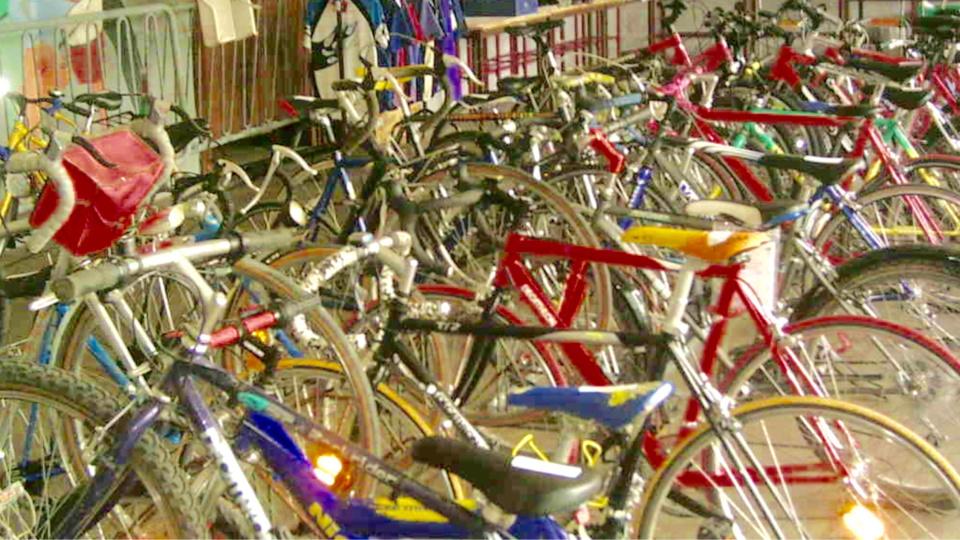 Le jeune homme est soupçonné d'avoir revendu 86 vélos volés sur le site d'annonces (illustration)