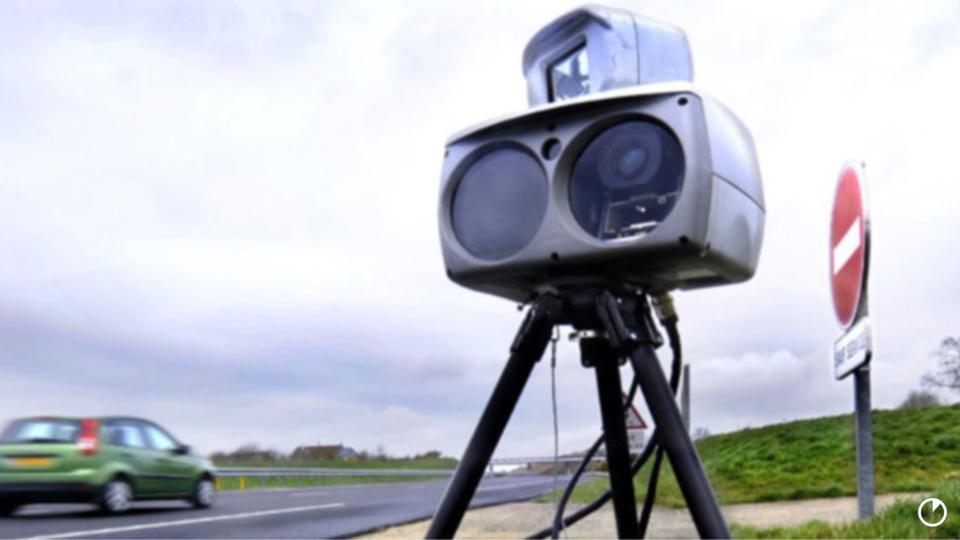 Un conducteur a été contrôlé à 154 km/h sur une portion de route limitée à 110 (Illustration)