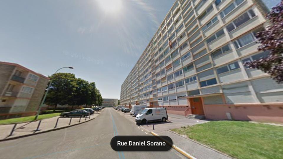 La jeune fille est tombée du 5ème étage de cet immeuble dans des circonstances que les enquêteurs vont devoir établir (illustration)