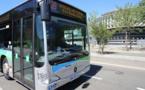 Collision entre un camion et un bus à Coignières : un des passagers est légèrement blessé
