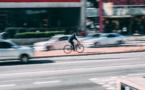 A Mantes-la-Jolie, un cycliste blessé grièvement par une voiture : il s'était trompé de voie de circulation