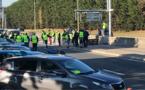 Les Gilets jaunes sont repassés à l'action ce dimanche matin. Photo : barrage filtrant au rond-point de la Motte à Rouen, à la sortie de la Sud III  © infonormandie