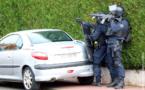 Retranché chez lui, dans les Yvelines, il menace de tuer son père : le forcené se rend aux policiers du RAID