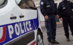 La moto a foncé sur les policiers - Illustration