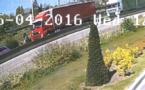 Le semi-remorque rouge a été filmé par une caméra de vidésosurveillance qu'leques instants avant l'accident (Photo@DDSP76)