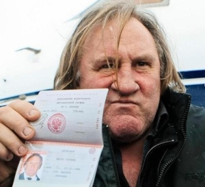"""""""Coucou je suis russe !"""" : le pied de nez de Depardieu à la France"""