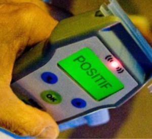 Le conducteur avait 2,64 g d'alcool dans le sang : il emboutit une voiture a l'arrêt, à Rouen