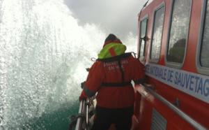 Manche : deux pêcheurs naufragés récupérés en état d'hypothermie et hospitalisés à Cherbourg