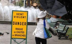 Vents violents et orages sur la Seine-Maritime jusqu'à mardi à 16 heures : ce qu'il faut savoir
