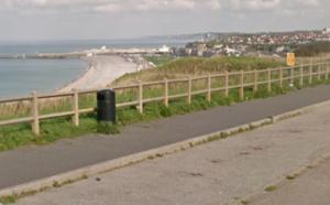 Le véhicule du sexagénaire a été découvert boulevard de la Mer, en haut de la falaise