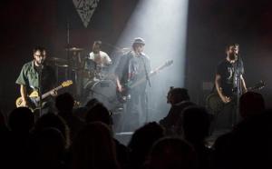 « Le Père Noël est un Rockeur » : concert au profit du Secours populaire à Verneuil d'Avre et d'Iton