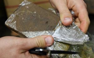 Yvelines : les policiers mettent fin au business d'un trafiquant de stupéfiants aux Mureaux