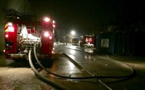 Eure : la toiture de la salle des fêtes s'enflamme après un feu de poubelle à Breteuil-sur-Iton