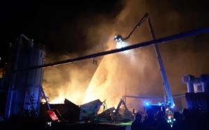 Seine-Maritime : la menuiserie Manubois aux Grandes-Ventes partiellement détruite par les flammes
