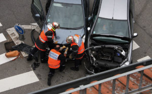 À Oissel, une voiture en percute une autre en stationnement : quatre blessés légers