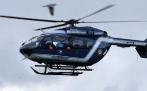 Un chien pisteur et un hélicoptère de la gendarmerie ont été engagés pour les recherches - Illustration © Gendarmerie