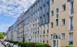 Yvelines : policiers et démineurs mobilisés pour un colis suspect dans un immeuble de Versailles