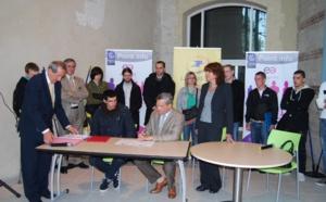 La Poste de Haute-Normandie signe ses premiers contrats d'avenir