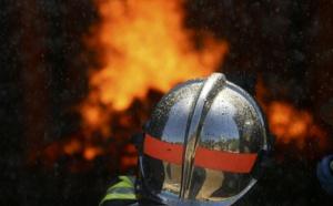 Seine-Maritime : 55 sapeurs-pompiers luttent contre l'incendie d'un supermarché Lidl à Rouen