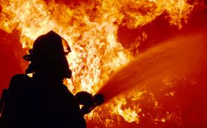 Seine-Maritime : quatre lances pour lutter contre l'incendie d'un local de 80 m2 à Gournay-en-Bray