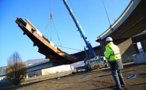 Rouen : le tablier de 800 tonnes du pont Mathilde a été déposé sans encombre
