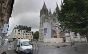 Rouen : fouillé et dépouillé par ses agresseurs cette nuit place de la Cathédrale