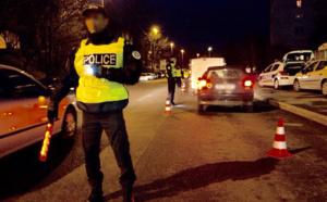 Trois adolescents de 15 et 16 ans braquent la voiture d'une femme cette nuit à Saint-Cyr-l'École