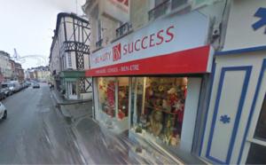 Gournay-en-Bray : échec à la voiture-bélier contre une parfumerie du centre-ville