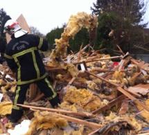 Explosion dans l'Eure : une maison soufflée, 4 personnes conduites à l'hôpital