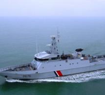 Calvados : un navire de pêche en difficulté secouru par un patrouilleur de la Marine nationale