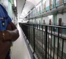 Val-de-Reuil : victime de violences de la part d'un détenu, un surveillant transporté aux urgences