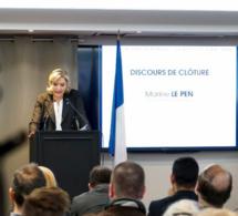 Marine Le Pen à Ecouis (Eure) cet après-midi : la droite et la gauche se lâchent